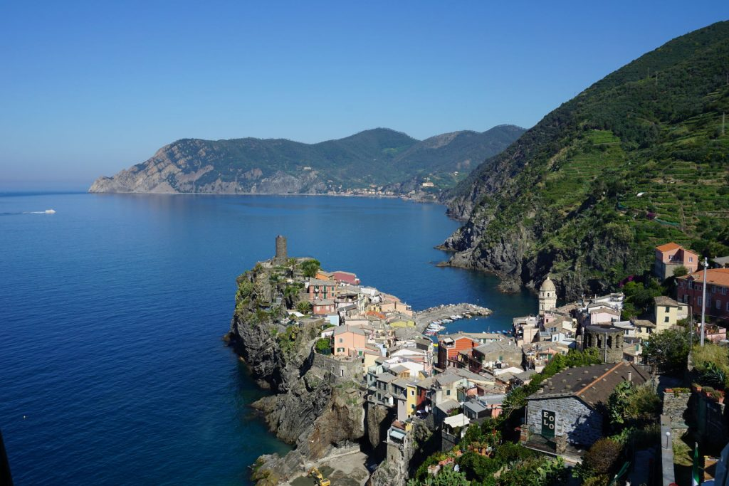 Hiking out of Vernazza towards Cornigilia