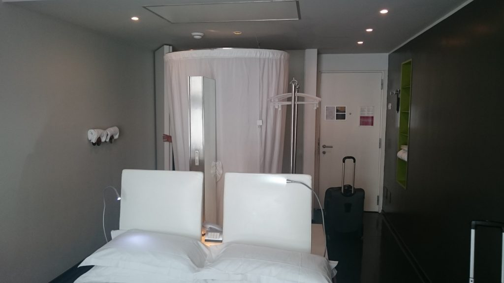 Radisson Blu Rome Room and Bed