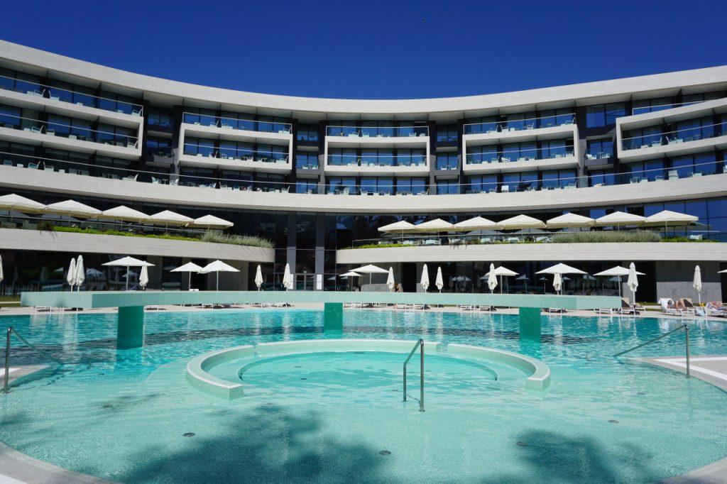 sheraton-dubrovnik-outdoor-pool