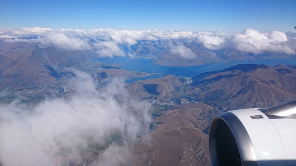 queenstown-flying-over